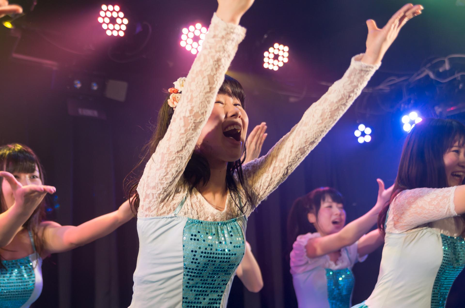 フルーティー♡ もっち ( 長久保桃子 ) | アイドルバスケットVol.33