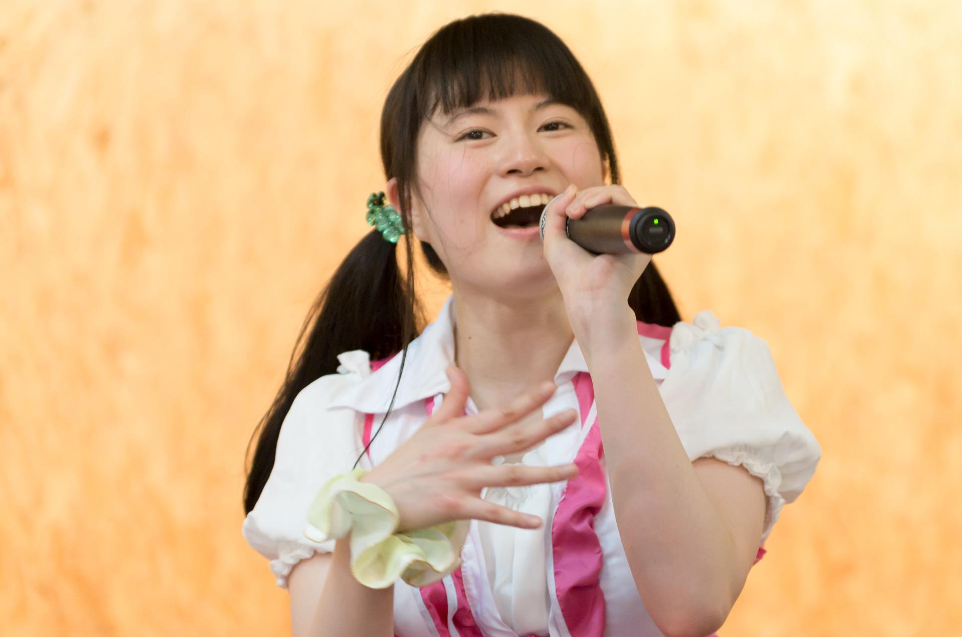 2代目HAPPY少女♪ あゆみ ( 新谷亜由美 ) | 苗の木Live&Party Vol.1