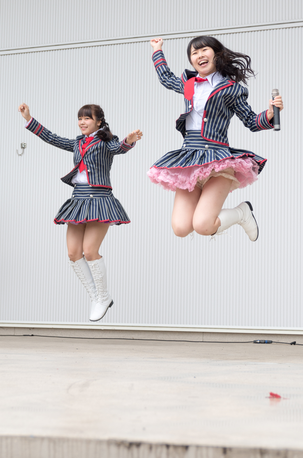フルーティー♡ もっち ( 長久保桃子 ) | アイドルライブ in 円山動物園