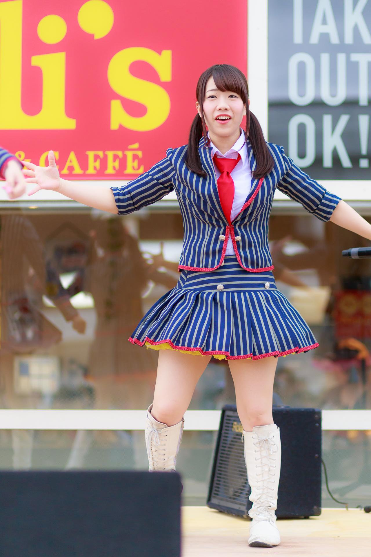 フルーティー♡ まい ( 伊藤舞 ) | 新川メガ・ドン・キホーテ インストアライブ2017 Vol.1