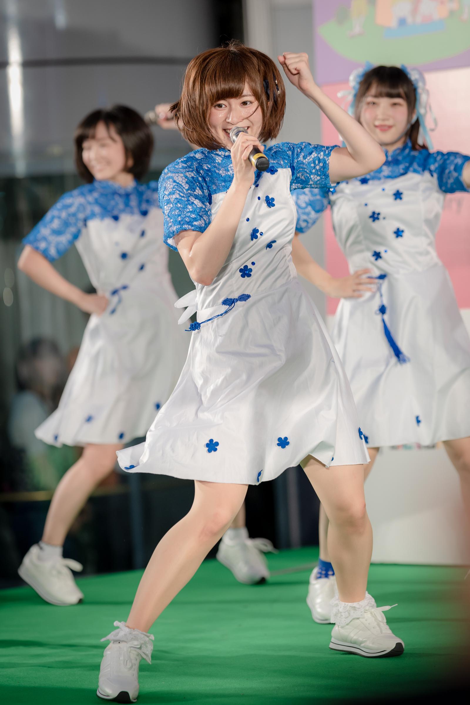 2代目HAPPY少女♪ あゆみ ( 新谷亜由美 ) | サッポロファクトリーウイークデーライブ