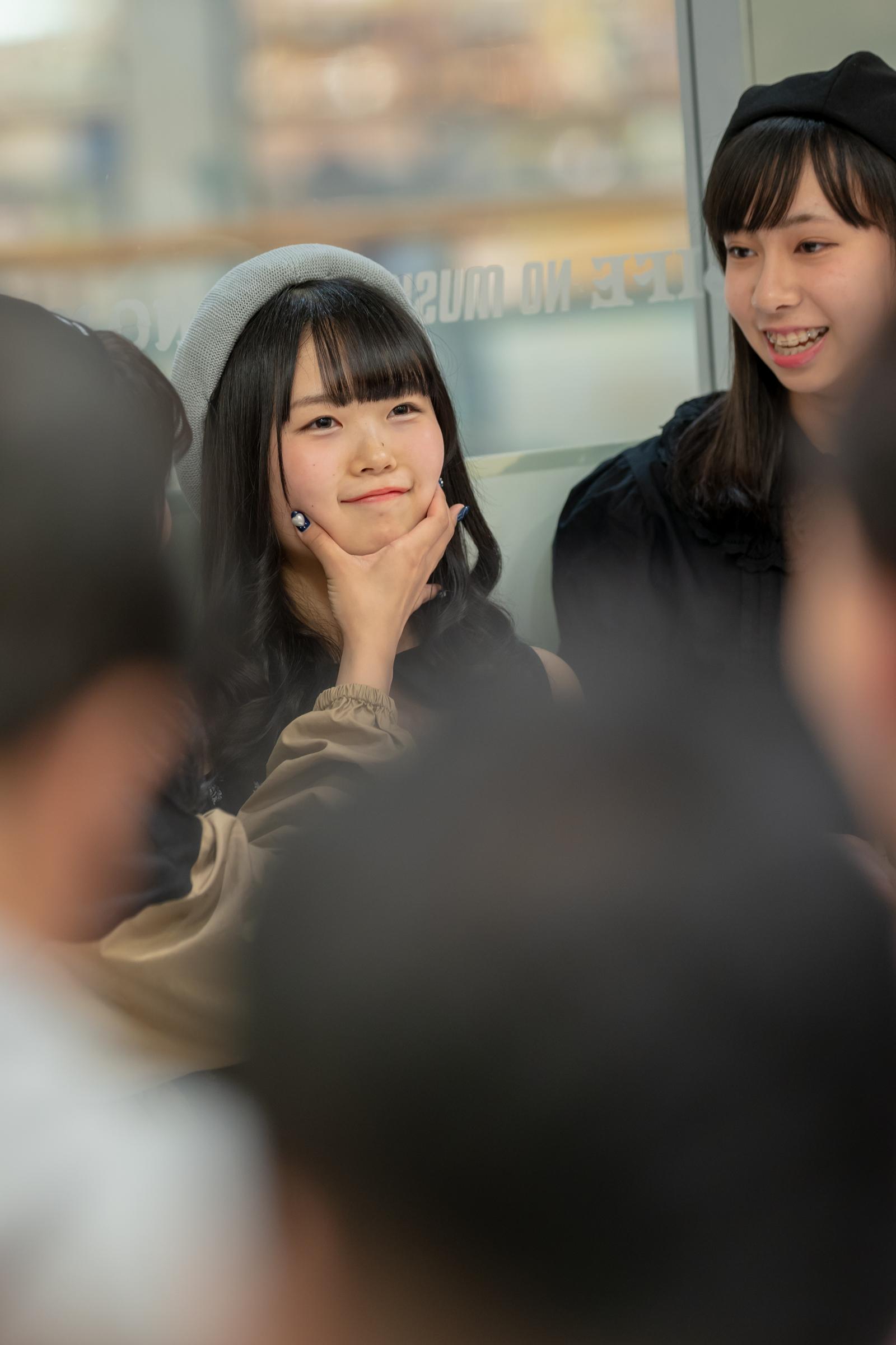 フルーティー♡ かのん ( 森花夢 ) | メジャーシングル第2弾「FRONT LINER」リリースイベント