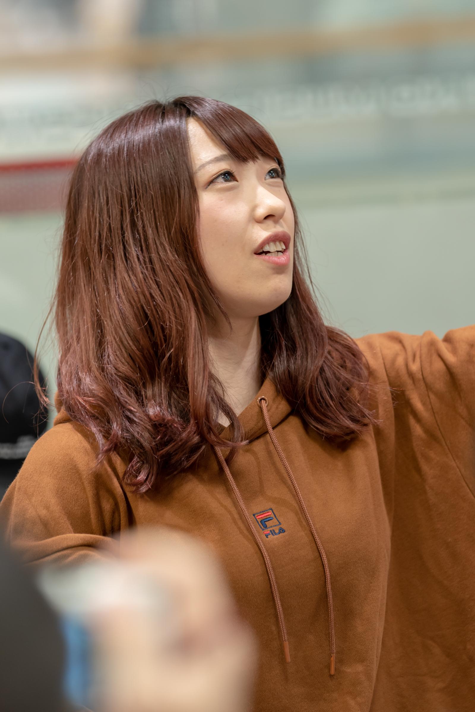 フルーティー♡ おばち ( 小原優花 ) | メジャーシングル第2弾「FRONT LINER」リリースイベント